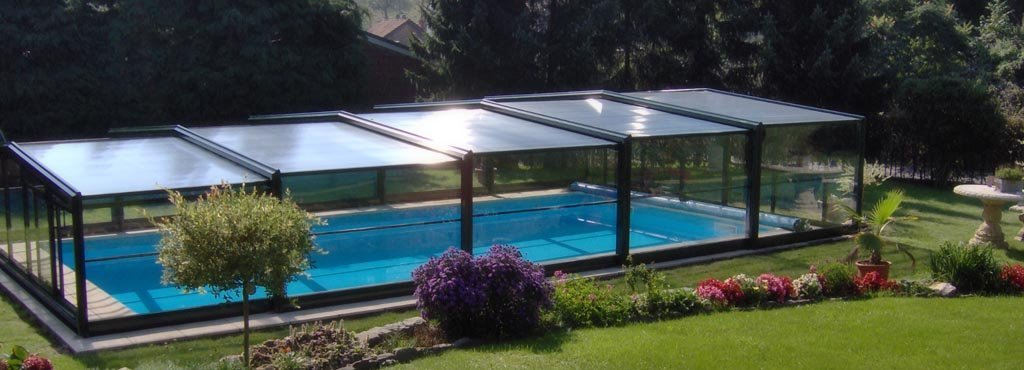des abris de piscine sur mesure pour un confort optimal. Black Bedroom Furniture Sets. Home Design Ideas