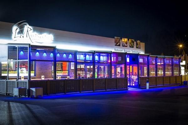 Vérandas pour horeca: bars, hôtels, restaurants, etc. Un espace convivial et lumineux