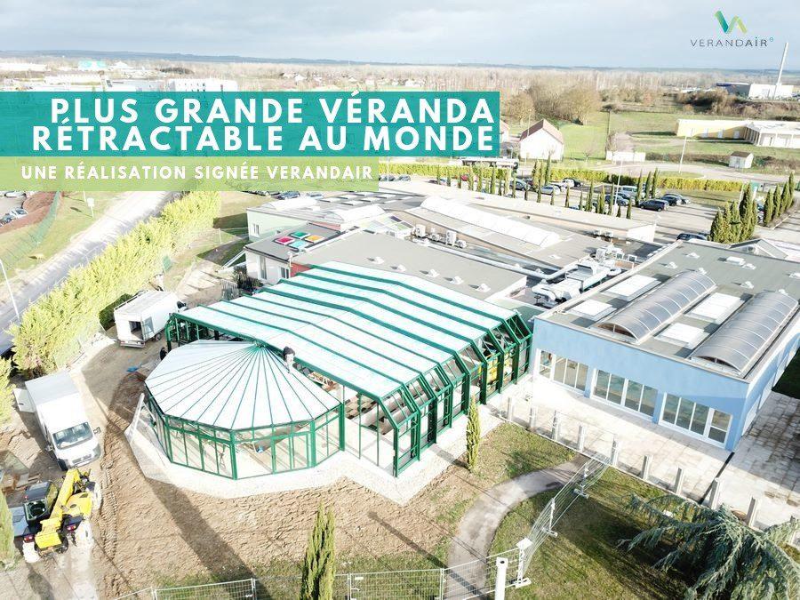 Retour en images sur l'installation de la plus grande véranda rétractable au monde !