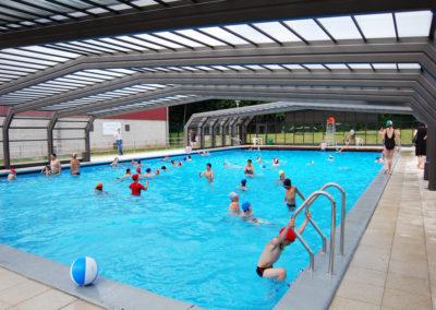 abri de piscine publique