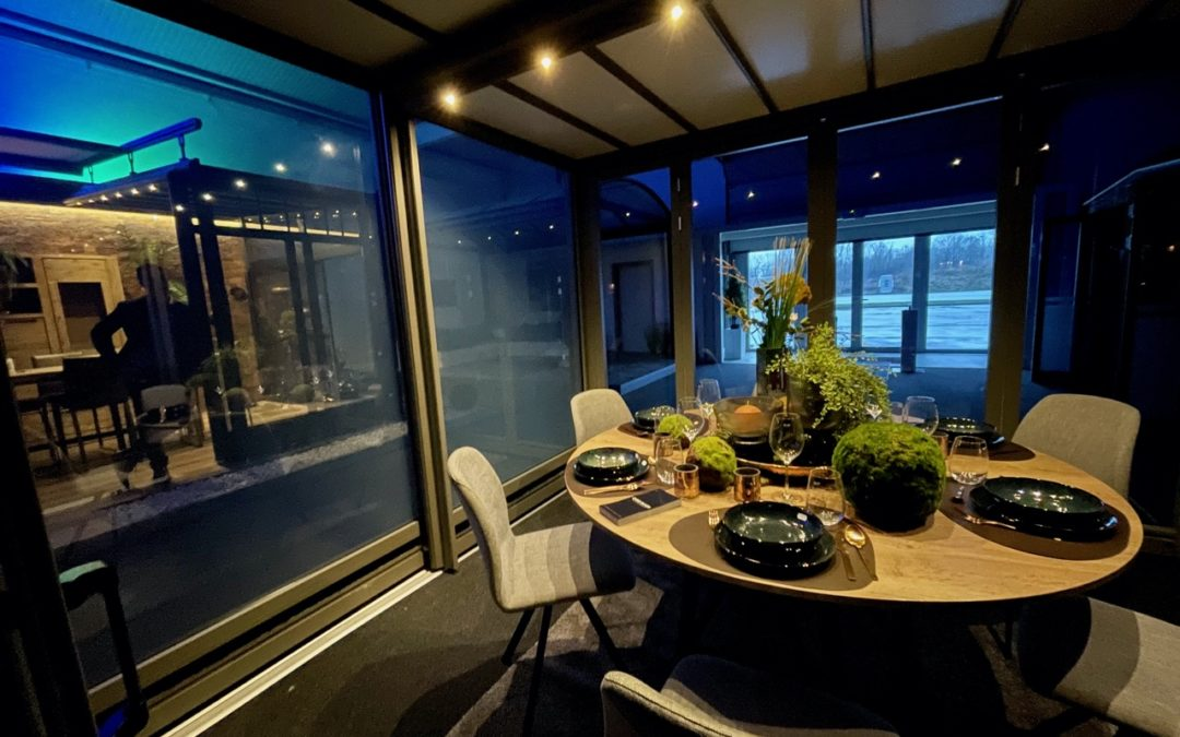 L'intérêt d'une micro véranda rétractable pour votre restaurant ou bar