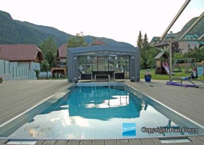 abri-de-piscine-enteree-haut-3-angles-pool-cover-pans-droits-bronze-sans-rail-sol-1-element-fixe