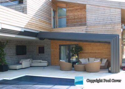 abri-de-piscines-enteree-haut-mural-pool-cover-pans-droits-bronze-sans-rail-sol-2-elements-fixes