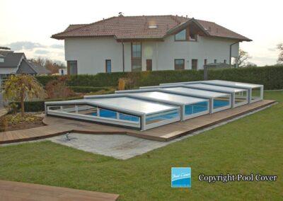 abri-piscine-bas-3-angles-pans-droits-pool-cover-gris-blanc