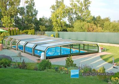 abri-piscine-bas-5-angles-pans-droits-pool-cover-blanc-vert
