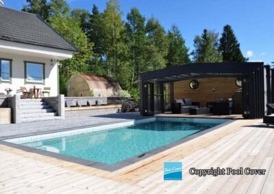 abri-piscine-enteree-haut-pool-cover-pans-droits-noir-sans-rail-sol