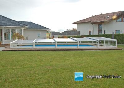 abri-piscines-bas-3-angles-pans-droits-pool-cover-gris-blanc
