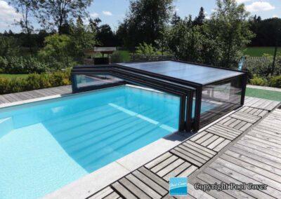 abri-piscines-bas-3-angles-pans-droits-pool-cover-noir