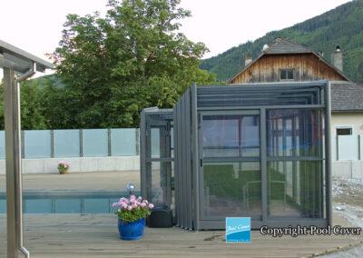 abris-de-piscine-enteree-haut-3-angles-pool-cover-pans-droits-bronze-sans-rail-sol-1-element-fixe