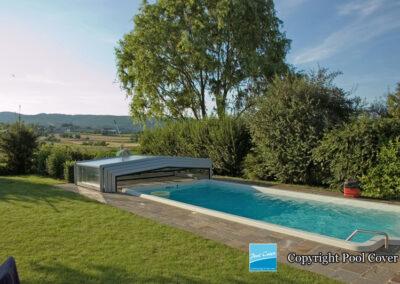 abris-piscine-enteree-pool-cover-bas-pans-droits-bronze-sans-rail-sol-gris