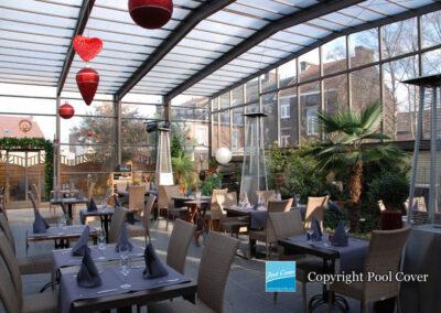 retractable-enclosures-or-telescopic-covers-for-terrace-restaurants